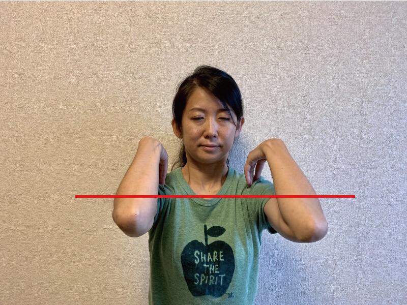 肩甲骨ストレッチ1